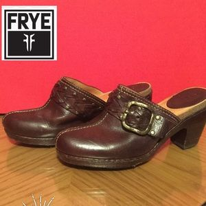 The Frye Company size 7 1/2 clogs leather buckle